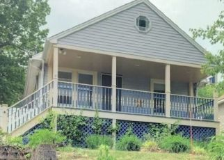 Pre Foreclosure in Bristol 06010 JENNINGS TER - Property ID: 1688687295