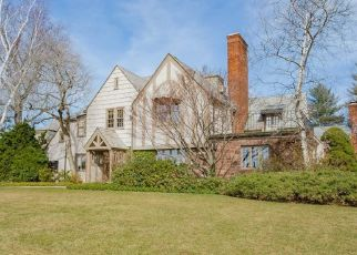 Pre Foreclosure in West Hartford 06107 S MAIN ST - Property ID: 1688738549