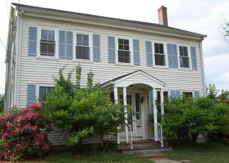 Pre Foreclosure in Wethersfield 06109 NOTT ST - Property ID: 1688739421