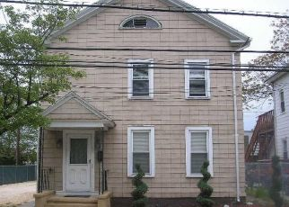 Pre Foreclosure in New Haven 06511 BROWN ST - Property ID: 1688950979