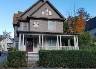 Pre Foreclosure in Waterbury 06710 WATERVILLE ST - Property ID: 1689037691