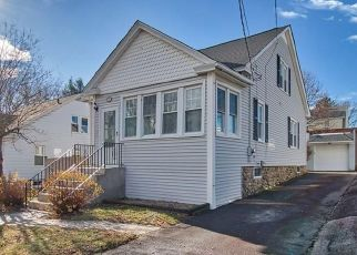Pre Foreclosure in Waterbury 06705 MANSFIELD AVE - Property ID: 1689040302