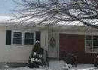 Pre Foreclosure in West Haven 06516 SCHOOLHOUSE LN - Property ID: 1689050385