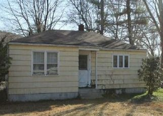 Pre Foreclosure in Baltic 06330 MAIN ST - Property ID: 1689124850