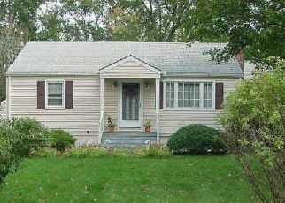 Pre Foreclosure in Norwalk 06851 LYNCREST DR - Property ID: 1689368801