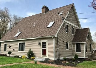 Pre Foreclosure in Salem 06420 LAKE VIEW AVE - Property ID: 1689491423