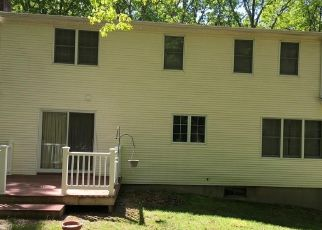 Pre Foreclosure in Storrs Mansfield 06268 STEARNS RD - Property ID: 1689496233