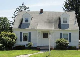 Pre Foreclosure in Willimantic 06226 SELDEN ST - Property ID: 1689503245
