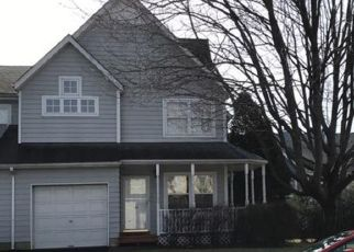 Pre Foreclosure in Central Islip 11722 SMITH ST - Property ID: 1689697714