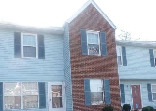 Pre Foreclosure in Chesapeake 23321 CLOVER MEADOWS DR - Property ID: 1690127357