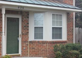 Pre Foreclosure in Chesapeake 23322 W LAKE CIR - Property ID: 1690149254