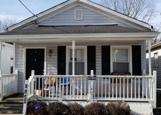 Pre Foreclosure in Chesapeake 23324 COMMERCE AVE - Property ID: 1690153645