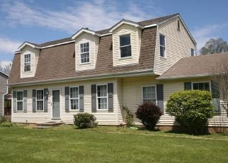 Pre Foreclosure in Middletown 06457 BRIARWOOD LN - Property ID: 1690211453