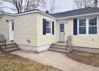 Pre Foreclosure in Central Falls 02863 BUTLER AVE - Property ID: 1690874547