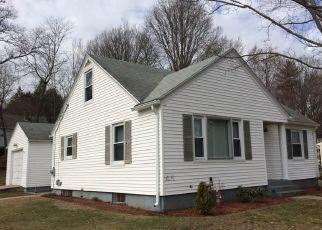 Pre Foreclosure in Johnston 02919 SERREL SWEET RD - Property ID: 1690905646