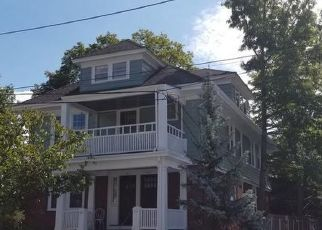 Pre Foreclosure in Providence 02906 ANGELL ST - Property ID: 1690924925