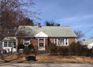 Pre Foreclosure in Johnston 02919 WAVELAND AVE - Property ID: 1690947692