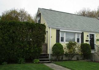 Pre Foreclosure in Cranston 02910 BELMONT RD - Property ID: 1690954700