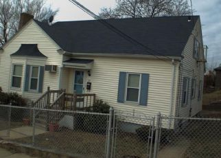 Pre Foreclosure in Providence 02904 MALVERN ST - Property ID: 1690959512