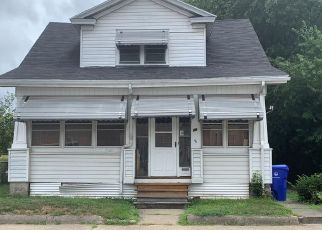 Pre Foreclosure in Pawtucket 02860 RHODE ISLAND AVE - Property ID: 1691031783