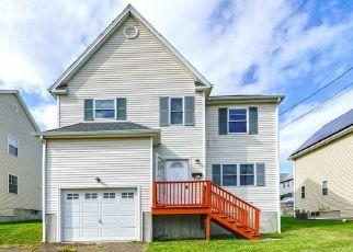 Pre Foreclosure in Bridgeport 06606 EZRA ST - Property ID: 1691156607