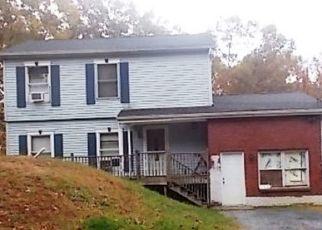 Pre Foreclosure in East Stroudsburg 18302 CAROL RD - Property ID: 1691524500