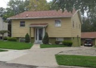 Pre Foreclosure in Adrian 49221 ADDISON ST - Property ID: 1691600713