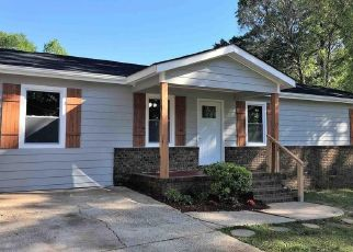 Pre Foreclosure in Lagrange 30240 OLD WEST POINT RD - Property ID: 1692131533