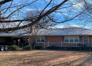 Pre Foreclosure in Dunn 28334 E MORRIS CIR - Property ID: 1692552426