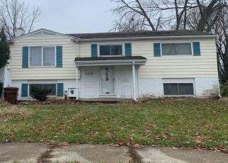 Pre Foreclosure in Lansing 48912 HEIGHTS AVE - Property ID: 1692913762
