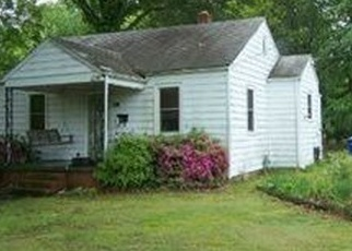 Pre Foreclosure in Newport News 23605 ROANOKE AVE - Property ID: 1693017553