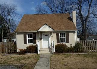 Pre Foreclosure in Newport News 23607 BEECHWOOD AVE - Property ID: 1693029825