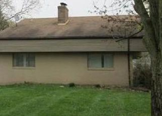 Pre Foreclosure in Lansing 48917 MAYCROFT RD - Property ID: 1693083691