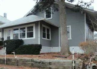 Pre Foreclosure in Omaha 68105 HANSCOM BLVD - Property ID: 1693327641
