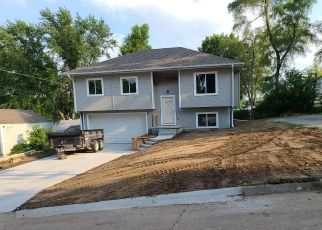 Pre Foreclosure in Omaha 68104 GRANT ST - Property ID: 1693341657