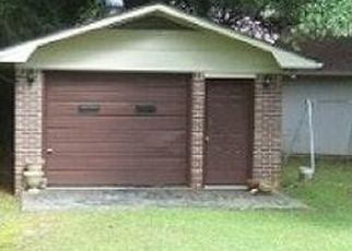 Pre Foreclosure in Gadsden 35901 HARTWOOD DR - Property ID: 1693371885