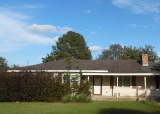 Pre Foreclosure in Statesboro 30461 MEADOW DR - Property ID: 1693530421