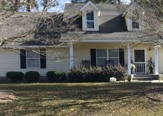 Pre Foreclosure in Adel 31620 JIMMY ST - Property ID: 1693542687