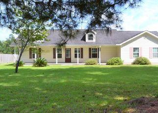 Pre Foreclosure in Blackshear 31516 HACKLEBARNEY RD - Property ID: 1693724891