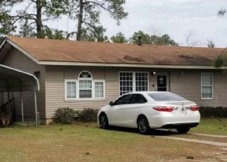 Pre Foreclosure in Tifton 31794 ELIZABETH CIR - Property ID: 1693740648