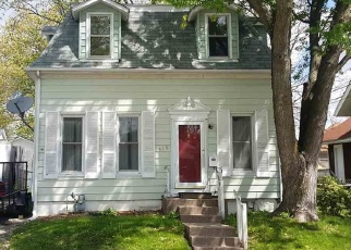 Pre Foreclosure in Davenport 52803 E PLEASANT ST - Property ID: 1693766489