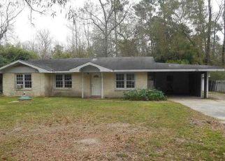 Pre Foreclosure in Lake Charles 70615 BURSON RD - Property ID: 1693935546