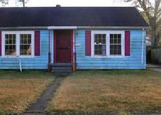 Pre Foreclosure in Lake Charles 70601 10TH ST - Property ID: 1693971911