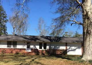 Pre Foreclosure in Lake Charles 70611 WHITE RD - Property ID: 1693973653