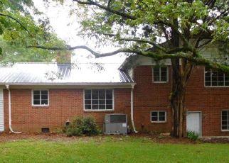 Pre Foreclosure in Goldsboro 27530 FRIENDLY RD - Property ID: 1542288813