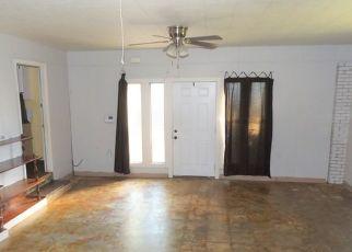 Pre Foreclosure in Lufkin 75901 SUNRISE AVE - Property ID: 1694271474