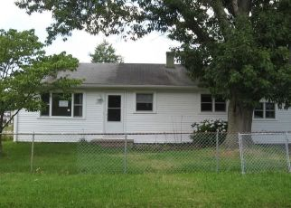 Pre Foreclosure in Norfolk 23502 RIVER OAKS DR - Property ID: 1694348106