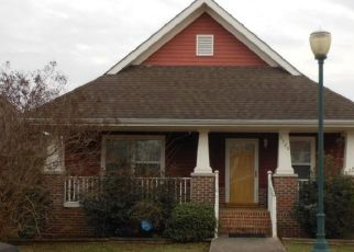 Pre Foreclosure in Chattanooga 37410 HIGHLAND AVE - Property ID: 1694654253