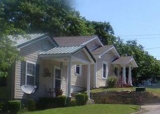 Pre Foreclosure in Columbia 38401 5TH AVE - Property ID: 1694800547