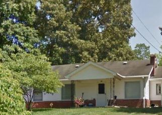 Pre Foreclosure in Kingsport 37660 PEAVLER DR - Property ID: 1694837783